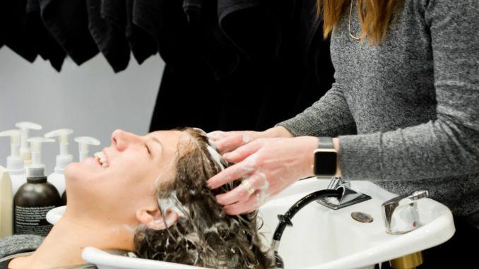 Maska do włosów - kosmetyk, bez jakiego trudno się obyć